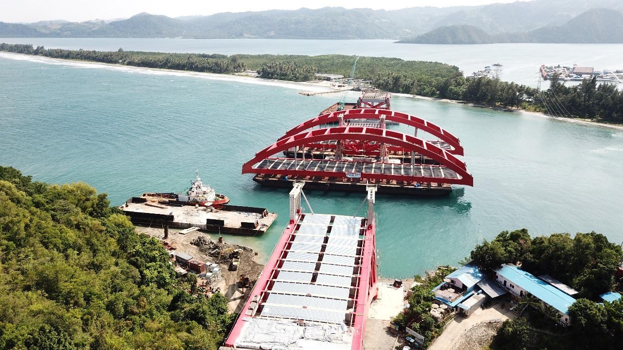 Pembangunan Jembatan Holtekam Papua: Progres fisik sudah 95.5% ditargetkan rampung September 2018